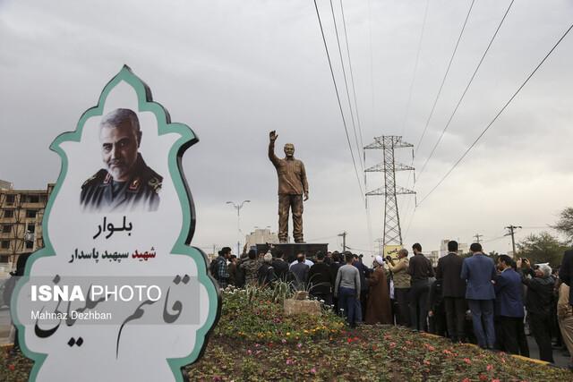 تندیس شهید سردار سلیمانی در اهواز رونمایی شد