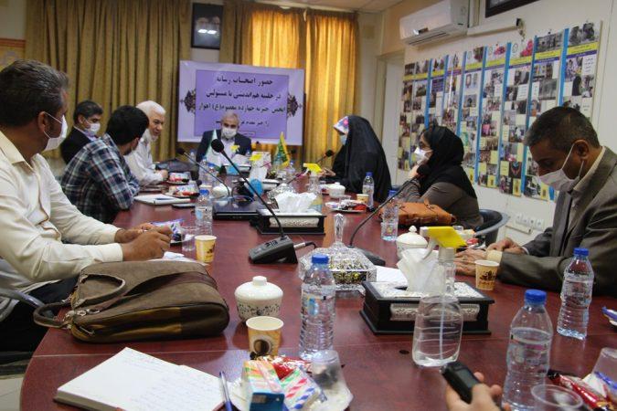 نشست هماندیشی و بازدید جمعی از اصحاب رسانه از انجمن خیریه ۱۴ معصوم اهواز