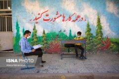 فداکاری معلم جوان اهوازی برای دانشآموزانش