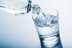 قبل و بعد از واکسیناسیون کرونا آب زیاد بنوشید